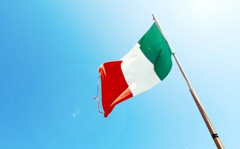 Wehende italienische Fahne